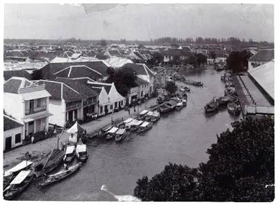 1920 : Kali Mas te Soerabaja